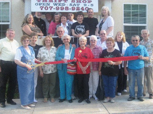  United Methodist Community Church Plaza Thrift Shop opens